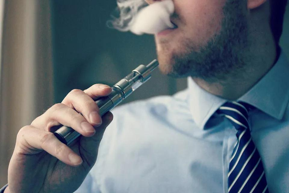2020年1月1日起!阿联酋所有电子烟将要被征收100%的税