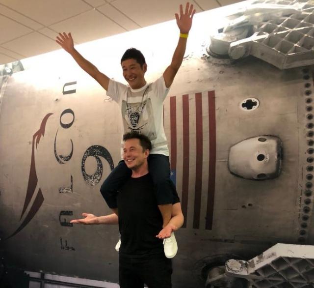 """跨境电商赢家!日本""""马云""""成SpaceX绕月飞行首单旅客"""