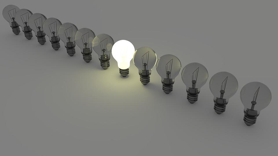 亚马逊爆款灯具惊现侵权危机,手里的星空灯瞬间不香了!